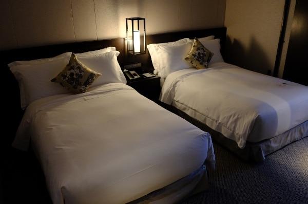 翠嵐「渡月」のベッドルーム