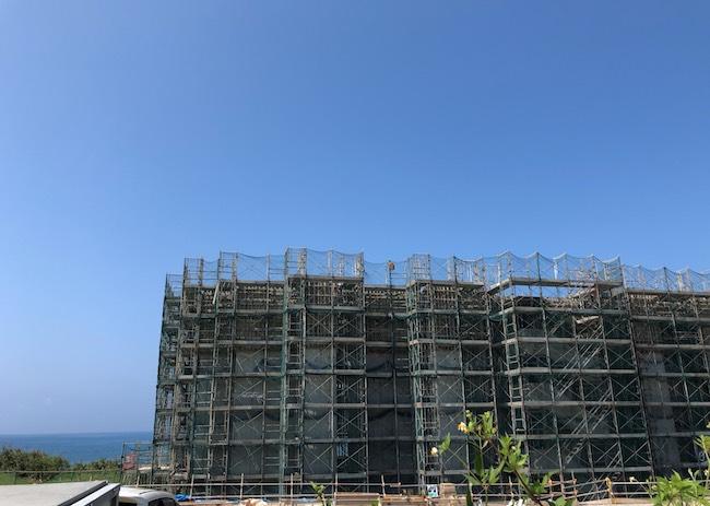 建設中のイラフ SUI ラグジュアリーコレクションホテル沖縄宮古
