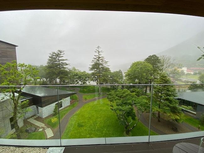 中禅寺湖ビュー・メイン棟4階の景観(曇り)
