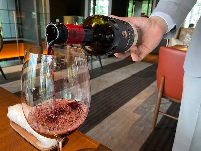 レークハウスでオーダーしたワイン