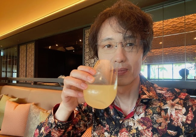 宮柚子スパークリングを飲みながら